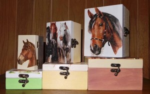 Drvena kutija / tehnika dekupaž / ručna izrada - od 32,00 kn - 55,00 kn