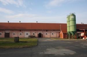 Izmjenjena krovišta, fasade, asfaltirani prilazi i novi objekti na lokaciji Ivandvor
