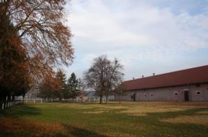 Uređeni i obnovljeni postojeći objekti u prekrasnom ambijentu Ivandvora
